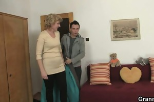 a chap picks up old blonde and copulates her