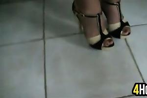 aged woman with hawt feet