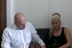 bossy bitch fist drilled untill she is squirts