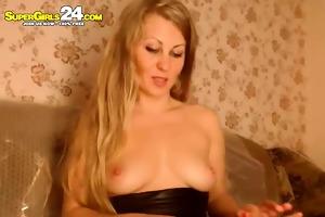 unbelievable blonde wei in toon