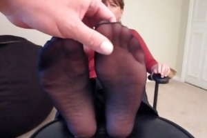"shes made to say ""cum on my feet""!!!"