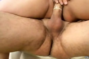 older overweight cunt gets plugged
