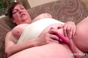 chunky older vibrating hungry snatch