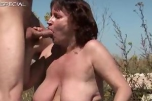 concupiscent d like to fuck gets her shaggy muf